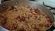 How to cook Haitian rice! Haitian Food Recipes, Jamaican Recipes, Indian Food Recipes, Haitian Food Legume, Carribean Food, Caribbean Recipes, Carribean Chicken, Rice Dishes, Food Dishes