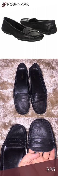 Ralph Lauren Loafer Flat Pre-owned Ralph Lauren black Loafer. A few light scuffs from normal usage, as you can see from the photos. Still in great shape. Genuine leather and super comfortable! Ralph Lauren Shoes Flats & Loafers