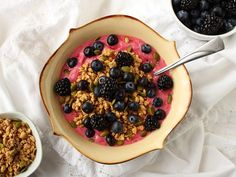 Vegan Raspberry Mango Smoothie Bowl: where do you get your protein? Right here...16 grams!