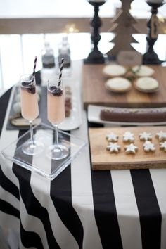 Black and White Party.  I love the black and white tablecloth.