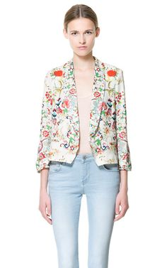 Really want this jacket, it's silk, light and bright and the print is awesome!
