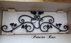 ステンドグラスでアクセサリーケースを作りましたの画像 | オリジナル薔薇雑貨・アイアン・ステンドグラス専門店プリンシアローズ~オ… Anna Sui, Wrought Iron, Bathroom Hooks, Image