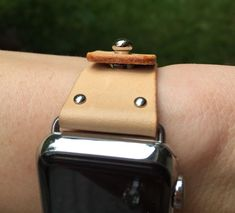 Veg tan leather apple watch strap from Leathersby
