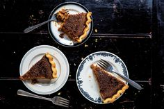 Miss American Pie: Despite the expression, pie isn't necessarily easy for everyone. Read one cook's tale of learning to embrace the classic dessert.