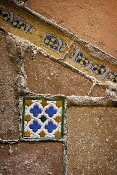 Moorish Tiles - by losvizzero
