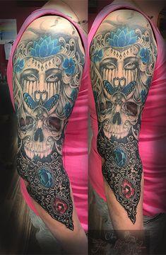 Armsleeve in progress #forlifecolor #christattoo #tattoorosenheim #raublingtattoo #tatts #tattoo #tattooedgirl #germantattooers #tattoos #tattooink #tattoosofinstagram #inked #inkedlife #blackandgreytattoo #armsleeve #inprogress