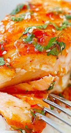 Sweet Chili Salmon – quick and easy salmon with Thai sweet chili sauce. The recipe takes only 15 mins on skillet or you can bake it. WARNING: Using jarred Thai Sweet Chili Sauce DOES NOT Guarantee Gluten Free! Salmon Dishes, Fish Dishes, Seafood Dishes, Fish Recipes, Seafood Recipes, Asian Recipes, Cooking Recipes, Quick Salmon Recipes, Chili Recipes