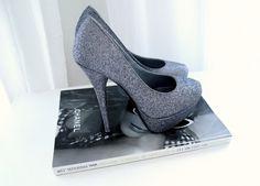 Gray pumps #shoes #fashion
