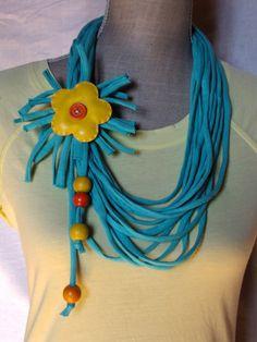 collier tissu, simili-cuir, perles - turquoise - jaune et orange
