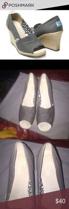 TOMS  Wedges🎉1 hour Sale Beautiful TOMS Gray Peeptoe wedges size 8M in Like New Condition! TOMS Shoes Wedges