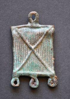 Amlash bronze pendant 4, 1st millenium B.C. Private collection