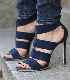 Heels / navy