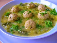 V kuchyni vždy otevřeno ...: Kapustová polévka s drožďovými knedlíčky