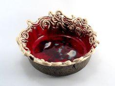 Misa ceramiczna – Inne - kolor: brązowy, czerwony, wymiary: Szerokość około 22 cm, wysokość ok 8 cm. – Artillo