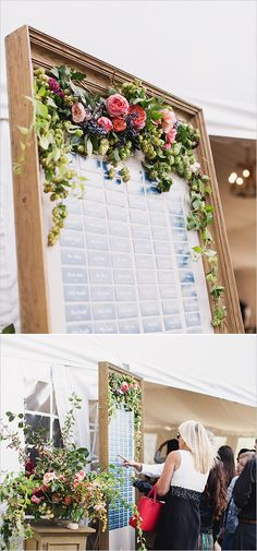flower accented seating assignment display @weddingchicks