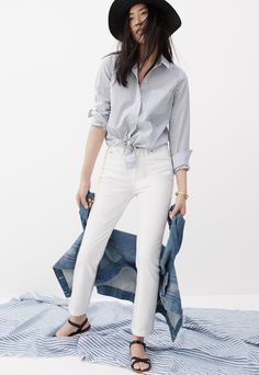 madewell tie-front shirt worn with the cruiser straight jeans + boardwalk sandal.