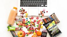 How to eat healthy when you're addicted to snacking. I would have to say I am definitly addicted to snacking! Get Healthy, Healthy Habits, Healthy Tips, Healthy Snacks, Healthy Recipes, Snacks For Work, Best Diets, Diet Tips, Food Hacks