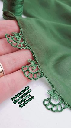 Needle Lace, Bargello, Crochet Motif, Diy And Crafts, Crochet Necklace, Weaving, Jewelry, Herbs, Crochet Wraps