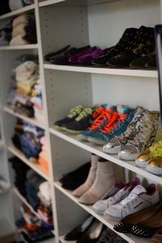 A little sneak peak of my closet. http://trendeneur.com