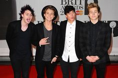 February 19, 2014 - 5 Seconds of Summer Through The Years Gallery