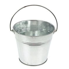 Metal bucket are great for all sorts of purposes from placing small gifts or use multiple buckets for decorative purposes. The size of this bucket allows you to Shower Bebe, Baby Shower Fun, Baby Shower Favors, Baby Shower Decorations, Baby Shower Gifts, Baby Decor, Bridal Shower, Baby Shower Bouquet, Baby Sock Bouquet
