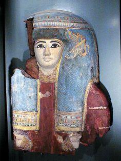 Upper part of a coffin lid. XXIInd dynasty. Allard Pierson Museum.