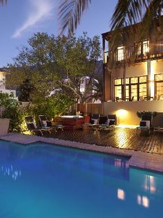 Derwent House Boutique Hotel inconspicuously situated in a trendy neighborhood of Cape Town, South Africa Cape Town Hotels, Busy City, Local Attractions, Hotel Reviews, Lodges, South Africa, Places Ive Been, Trip Advisor, Travel Inspiration