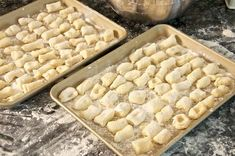 Potato gnocchi are one of the easier types of 'pasta' to make at home and are most definitely worth the effort. The mini-hockey pucks that are sold commercially are, to put it bluntly, hardly worth eating—especially after you've tried the real . Italian Pasta Recipes Authentic, Italian Recipes, Italian Cooking, Syrian Recipes, Italian Meals, Homemade Pasta, How To Make Homemade, Cannelloni Ricotta, Making Gnocchi