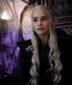To Me Ma'am, You Are Every Inch A Queen. Game of thrones Daenerys Targaryen gif Emilia Clarke