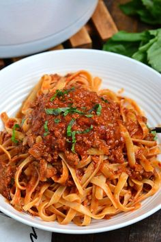 Rich Bolognese Sauce is perfect to serve over pasta. Bolognese Sauce is a meat based Italian sauce made with vegetables, wine, milk, beef and pork. Italian Dishes, Italian Recipes, Mexican Food Recipes, Fish Recipes, Vegetable Bolognese, Vegetarian Recipes, Cooking Recipes, Sauce Recipes, Recipes