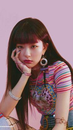 Kpop Girl Groups, Korean Girl Groups, Kpop Girls, Cara Delevingne, Foto Gif, Acoustic Music, Kang Seulgi, Red Velvet Seulgi, Most Beautiful Faces