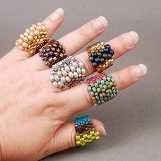 Even Count Peyote Stitch Beaded Earrings Patterns, Bead Loom Patterns, Bracelet Patterns, Beading Patterns, Bead Earrings, Diy Beaded Rings, Diy Rings, Peyote Beading, Seashell Crafts