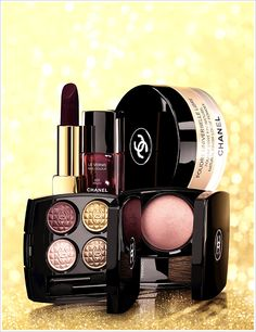 "Chanel Holiday 2012 Makeup Collection - Eclats du Soir de Chanel. Loving the red-black nail varnish in ""Malice""!"