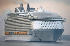 The world's largest cruise ship ready for your first journey 23