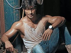 Vidyut Jamwal is the lord of Jungle!