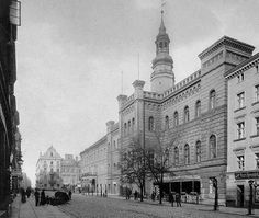 City hall, Glogow, Poland Poland, Louvre, Street View, History, City, Building, Travel, Viajes, Buildings