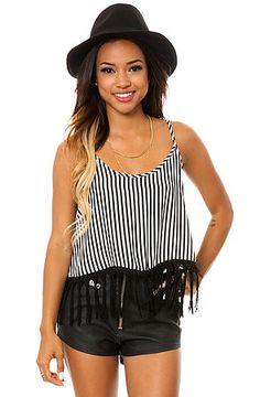Karrueche Tran modeling some striped stylehunter! #stripes #blackandwhite