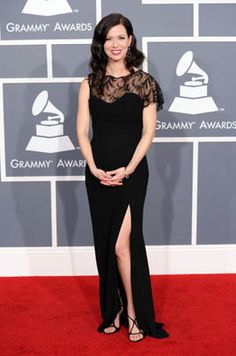 Joy Williams' Grammy dress. I like the lacy sheer top, though I'm not sure about the asymmetrical sleeve. The skirt is great, love the shoes