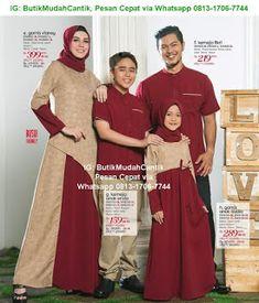 Butik Baju Muslim Terbaru 2018: Gamis Sarimbit Keluarga Muslim Fashion, Hijab Fashion, Baju Couple Muslim, Batik Muslim, Couples Modeling, Dresses Kids Girl, Dress Sewing Patterns, Muslim Women, Matching Outfits