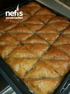 Baklava with Cake Recipe (Excellent), Dessert recipes Pastry Recipes, Cake Recipes, Snack Recipes, Dessert Recipes, Snacks, Turkish Recipes, Ethnic Recipes, Turkish Baklava, Desserts With Biscuits