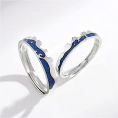 These are beautiful designs of finest 925 sterling silver couple rings, perfect for the gift-giving occasion to gift these rings to your life partner or your close ones who are in love 💖💖💖 For more info, visit at www.comfysilver.com #925sterlingsilver #silvercouplerings #couplerings #couplegift #silverrings #anniversarygift Couple Jewelry, Couple Rings, Beautiful Rings, Beautiful Necklaces, Gold Hair Accessories, Matching Rings, Charm Rings, Womens Wedding Bands, 925 Silver