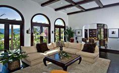 Após brigas e confusões, Justin Bieber quer comprar casa em outra cidade - Clique na imagem para ver a matéria :)