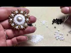 Tutorial ciondolo GIUSY( bicono, rocailles e superduo) - YouTube