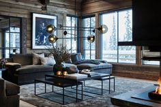 Décoration contemporaine dans un chalet norvégien - PLANETE DECO a homes world Elegant Home Decor, Contemporary Home Decor, Elegant Homes, Modern Interior Design, Interior Design Living Room, Living Room Designs, Living Room And Bedroom In One, House Paint Interior, Cabin Interiors