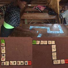 Het DOMINOSPEL begint bij de kaart 'start' of 'go'. Het doel is alle kaarten in een juiste combinatie te leggen en te eindigen bij 'end'. Alle kaarten worden opengelegd op de tafel. De eerste speler legt de kaart met 'start' en zoekt de kaart die een juiste combinatie maakt met het rechtse hokje van de eerste kaart. Daarna is het de beurt aan de volgende speler. De combinaties kunnen getallen, letters, symbolen of tekeningen zijn. (Zambia)