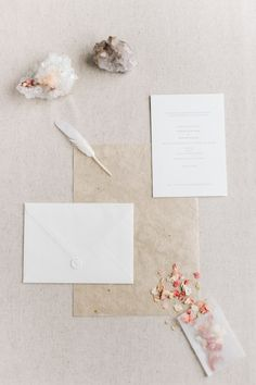 Simple Wedding Invitation Ideas for the Minimalist Bride | StyleCaster