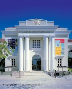 Puerto Rico Museum. I'm so graceful, I tripped on the top step the last time I was there! hahaha