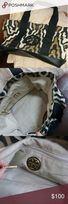 Tory Burch Mini Tory Beach Tote Great beach bag. No interior stains. Colors are black, cream, and dark camel. Measures 19 in wide x 10.5 in high. Very roomy. Comes from a smokefree home Tory Burch Bags Totes