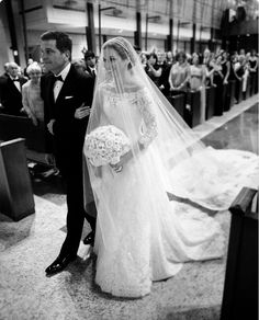 50 Amazing White Wedding Dresses For Beautiful Bride Ideas Wedding Dress With Veil, Wedding Veils, White Wedding Dresses, Wedding Attire, Wedding Day, Bridesmaid Dresses, Beautiful Bride, Gorgeous Dress, Bridal Gowns