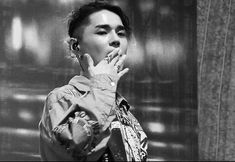 20181117Bangkok Maho rasop festival 너무 더웠어요... 피곤하셨죠?? 수고하셨습니다!! 이번도 진짜 멋있었어요❤︎ 그리고 제가 올해 본 공연 안에서 가장 좋은 퍼포먼스 & 섹시한 DEAN... dayfly도 듣고… Kwon Hyuk, I Don T Know, Dean, Couple Photos, People, Singers, Templates, Composers, Artists